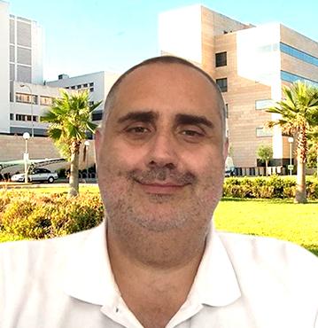 Dr. IGNACIO PÉREZ VALERO